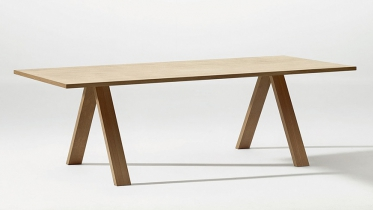 Arper Cross tafel hout